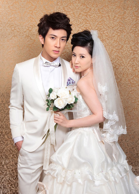 吴尊老婆林丽莹结婚照图片